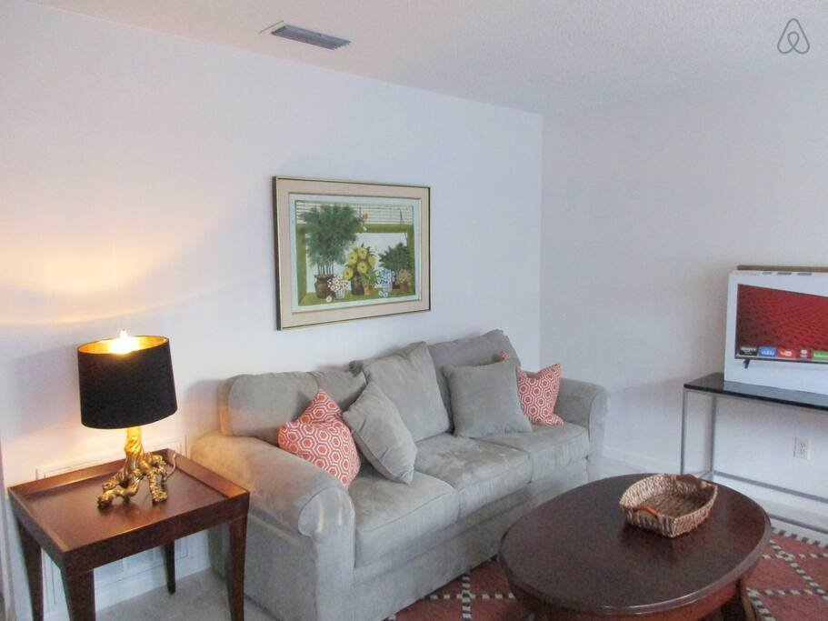 Best Two Bedroom Apartment One Story Apartments For Rent In With Pictures