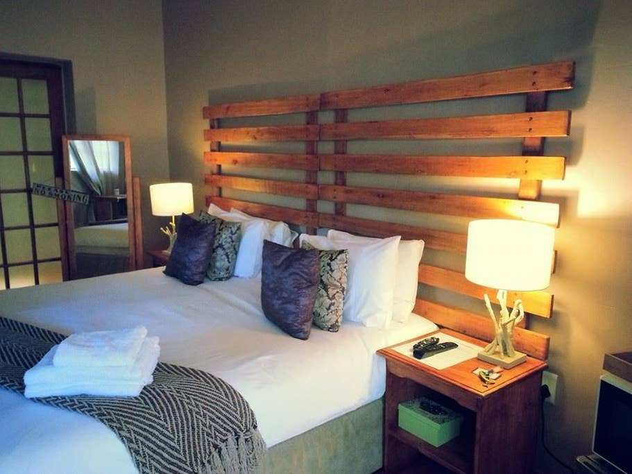 Best Midrand B B Beautiful En Suite Room 5 Bed And Breakfasts With Pictures