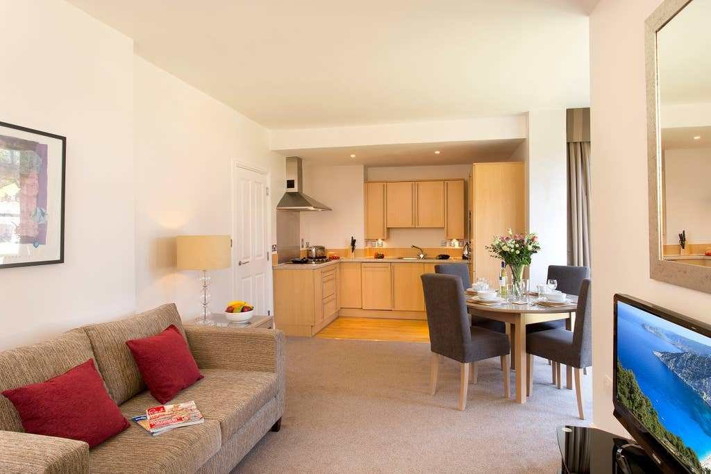 Best Cathedral Road One Bedroom Apartments Apartments For With Pictures