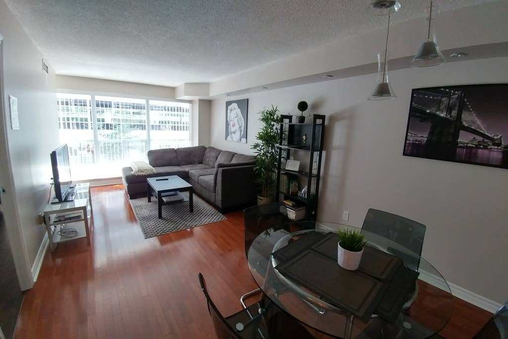 Best Beautiful Apartment Downtown Toronto Condominiums For Rent In Toronto Ontario Canada With Pictures Original 1024 x 768