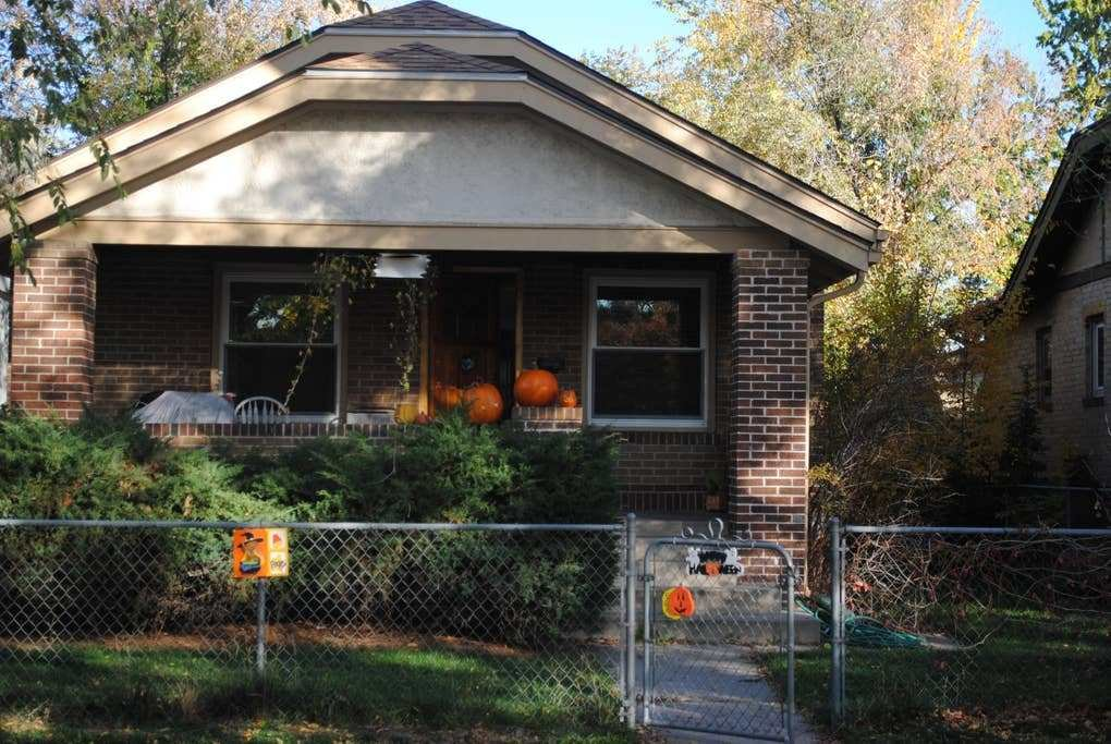 Best Your Denver Get Away 3 Bedroom 2 Bath House Houses For Rent In Denver Colorado United States With Pictures