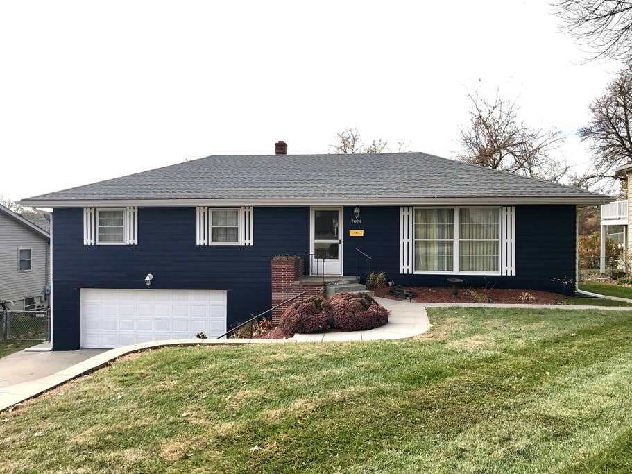 Best Mid Century Modern 4 Bedroom Charmer In Midtown Houses For Rent In Omaha Nebraska United States With Pictures