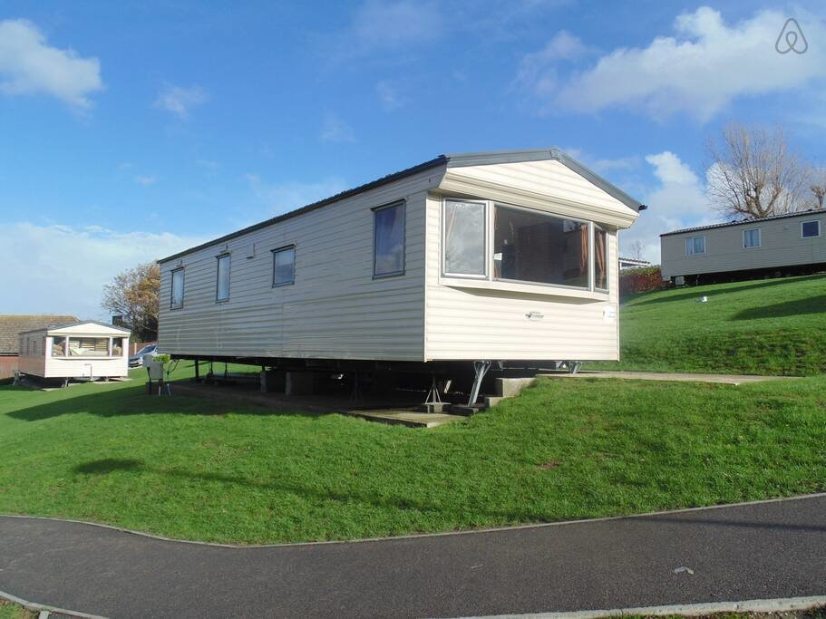 Best Immaculate 3 Bedroom Mobile Home Chalets For Rent In With Pictures