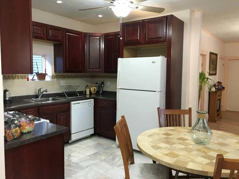 Best Two Bedroom Apartment Apartments For Rent In Boston With Pictures