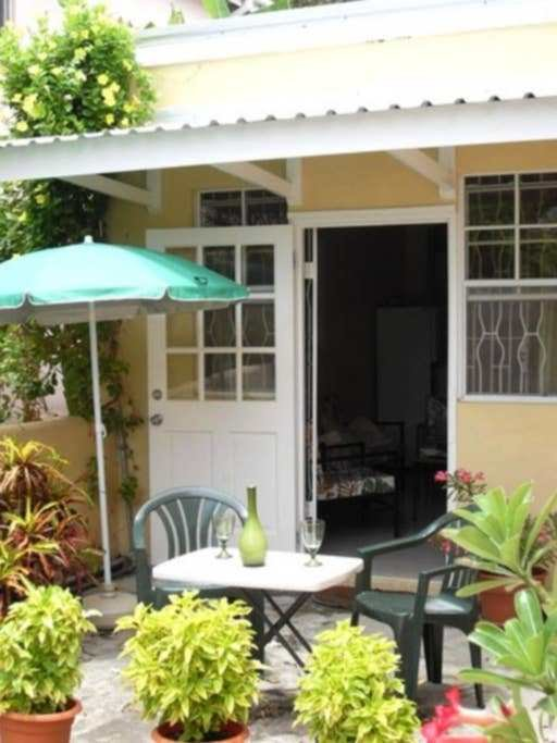Best 2 Bedroom Apartment Dover Gardens Apartments For Rent In Oistins Christ Church Barbados With Pictures