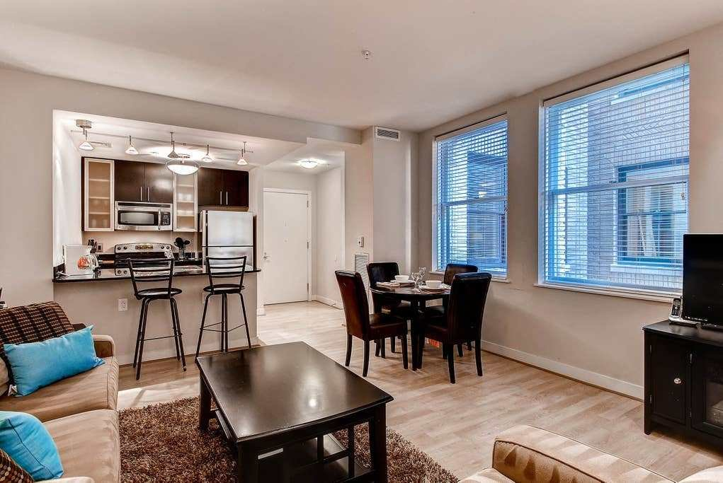 Best Fully Furnished 1 Bedroom Downtown Dc Apartment With Pictures