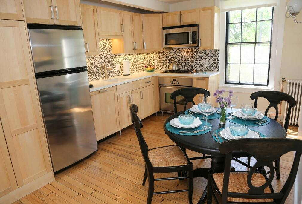 Best One Bed Apartment In Historic Home Apartments For Rent With Pictures