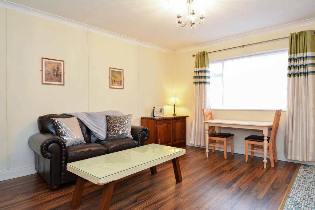 Best Galway S West End 1 Bed Apartment Apartments For Rent In With Pictures