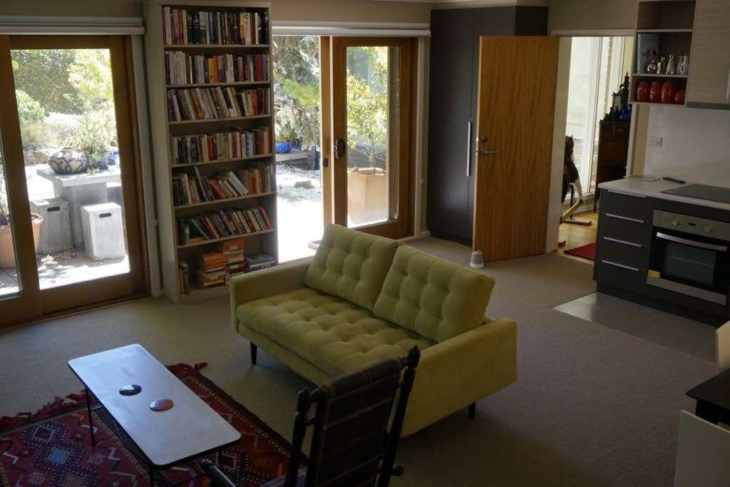 Best Light Spacious Quiet 1 Bedroom Apartment Apartments With Pictures
