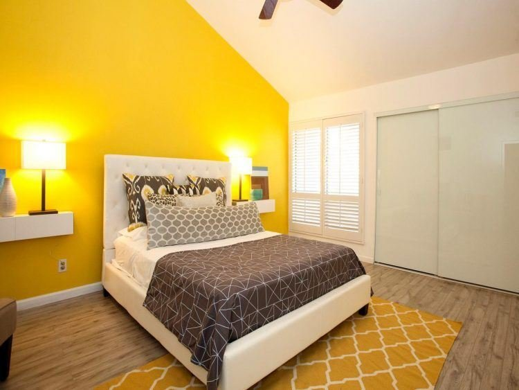 Best 10 Beautiful Master Bedrooms With Yellow Walls With Pictures