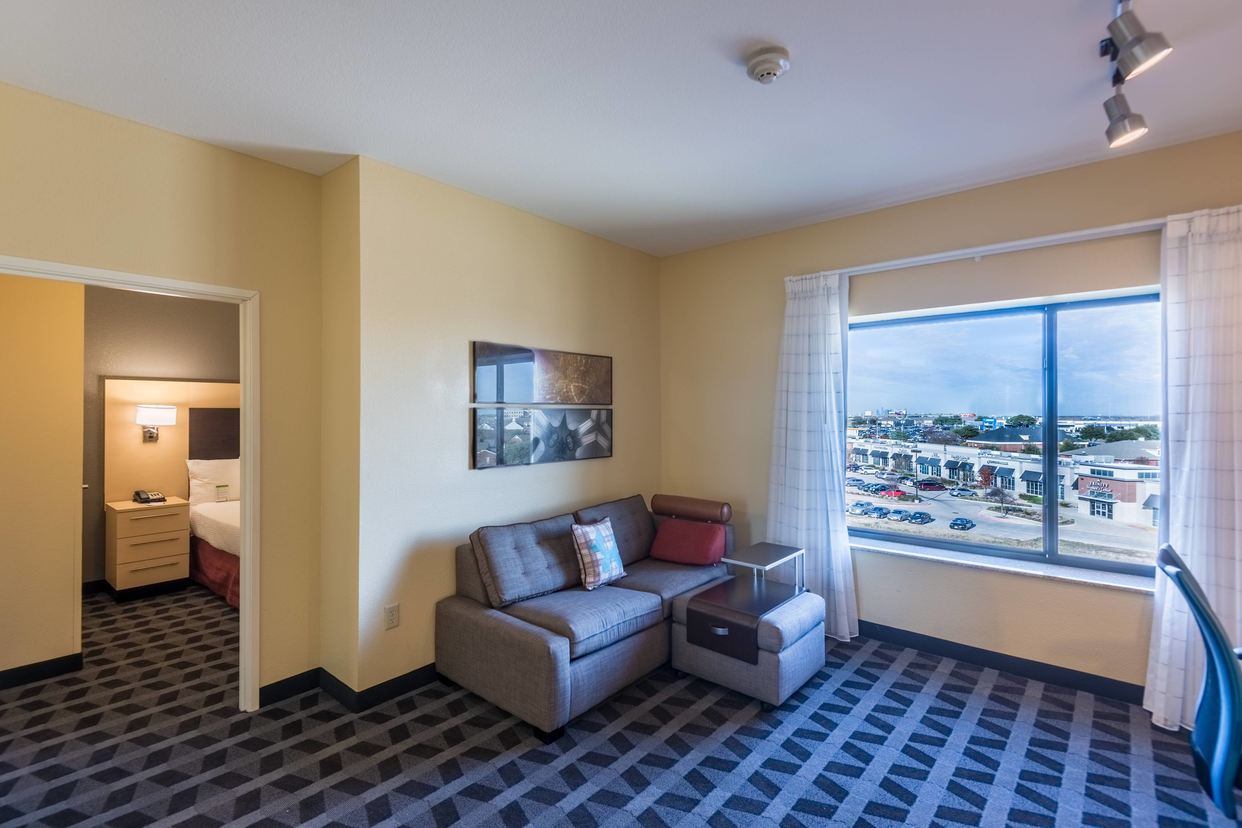Best 1 And 2 Bedroom Hotel Suites In Dallas Tx Towneplace Suites Desoto With Pictures