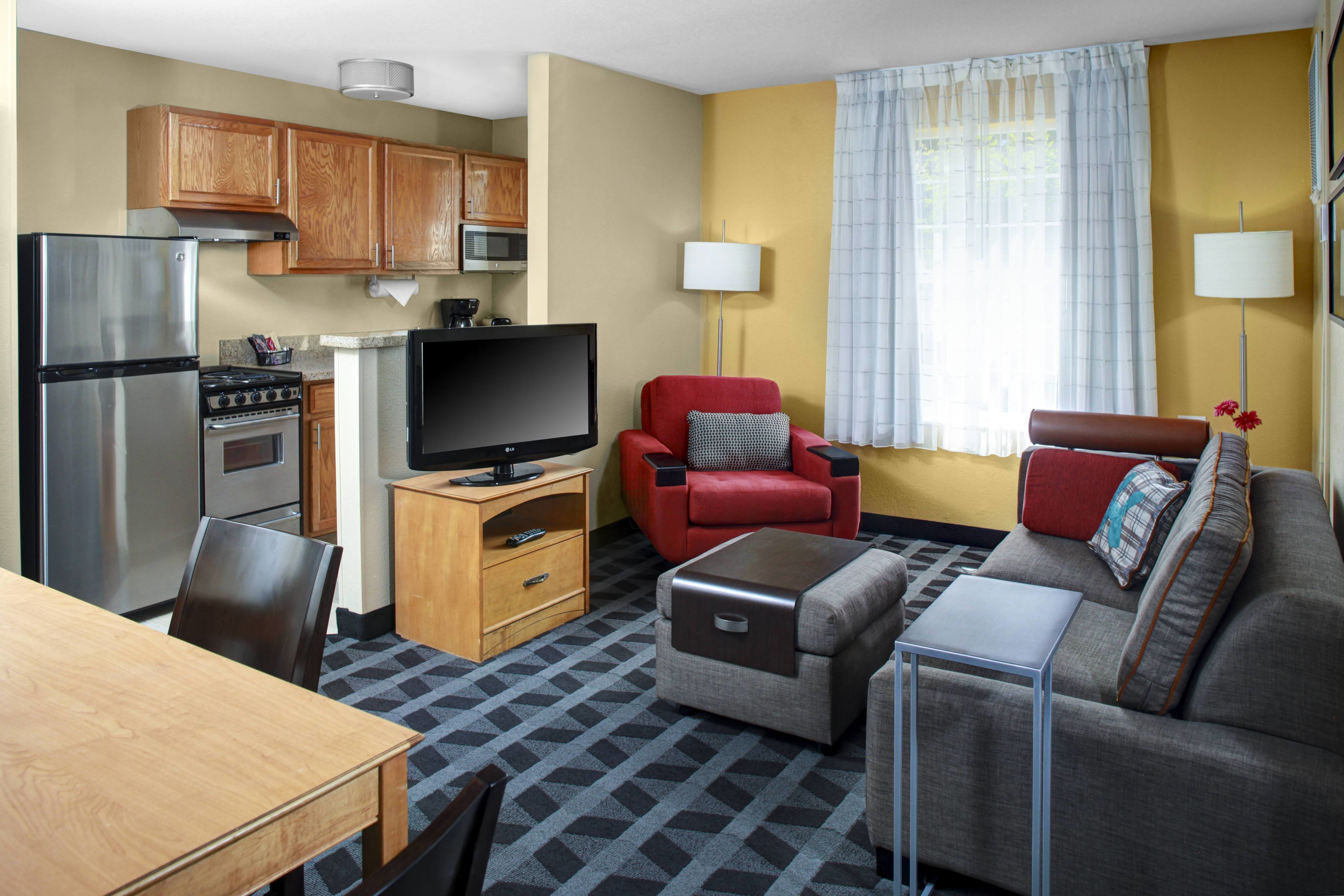 Best Extended Stay Hotel In Fresno California Towneplace Suites With Pictures