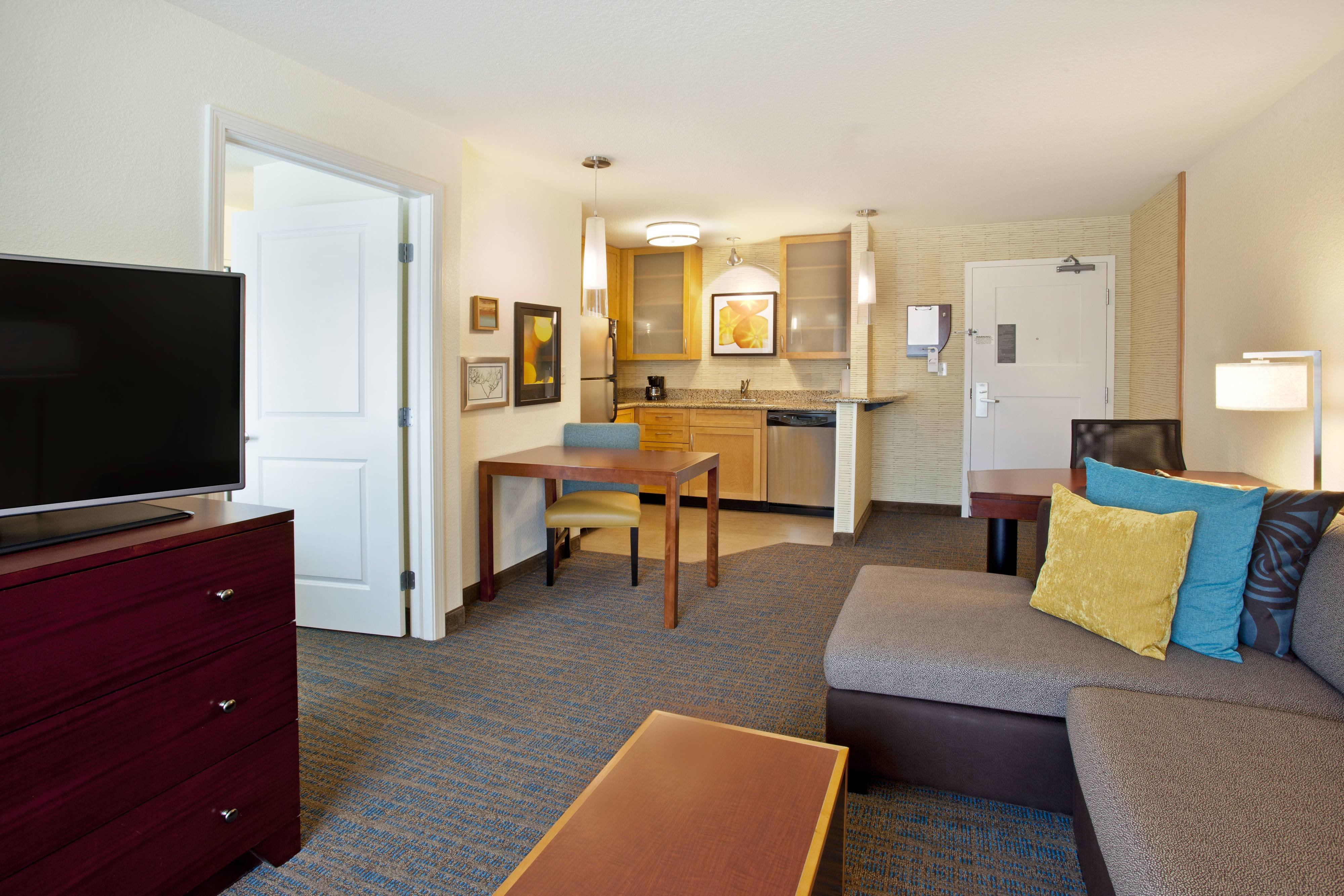 Best Portland Airport Hotels Residence Inn By Marriott Portland Cascade Station With Pictures