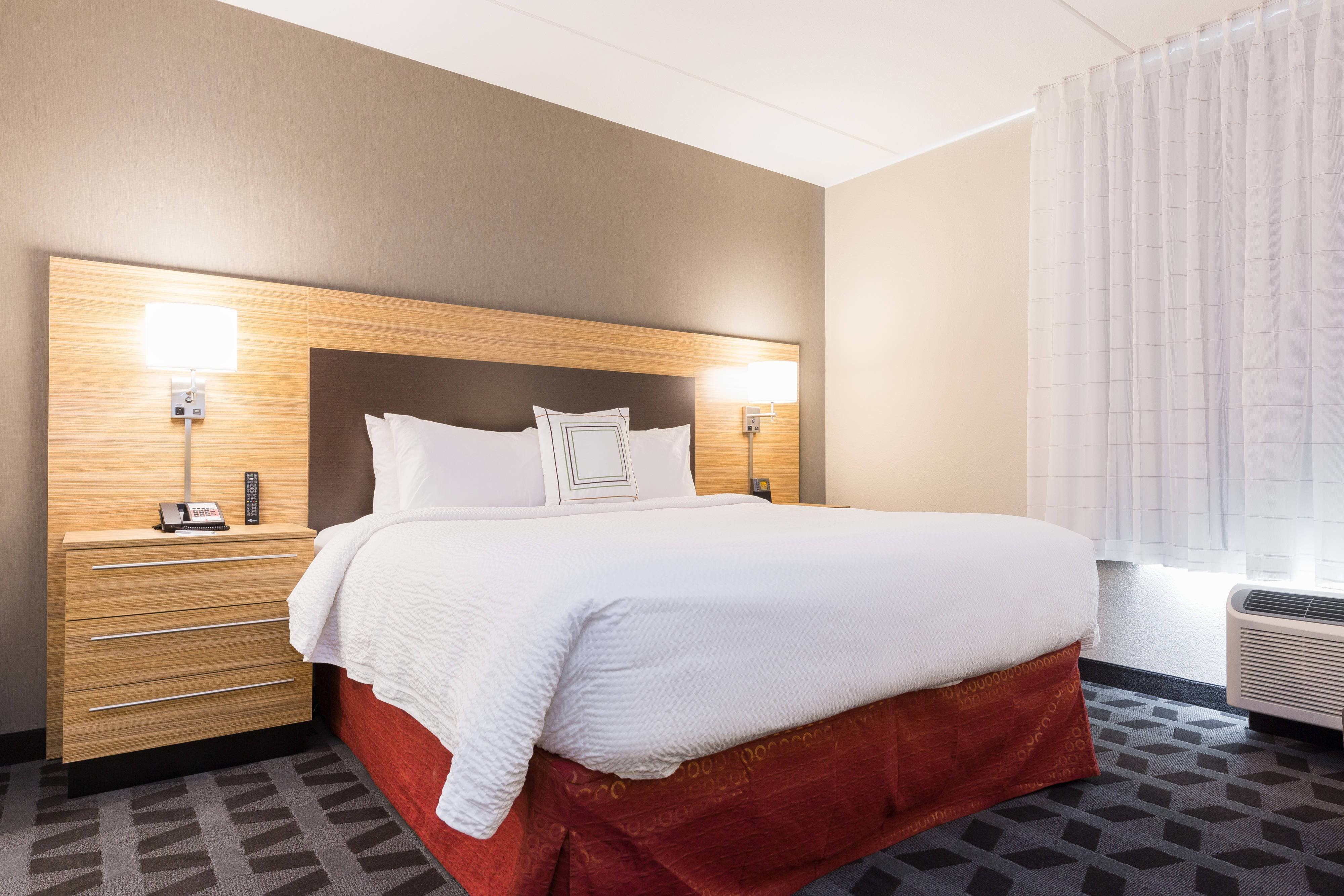 Best Edmonton Hotel Rooms And Suites Towneplace Suites With Pictures