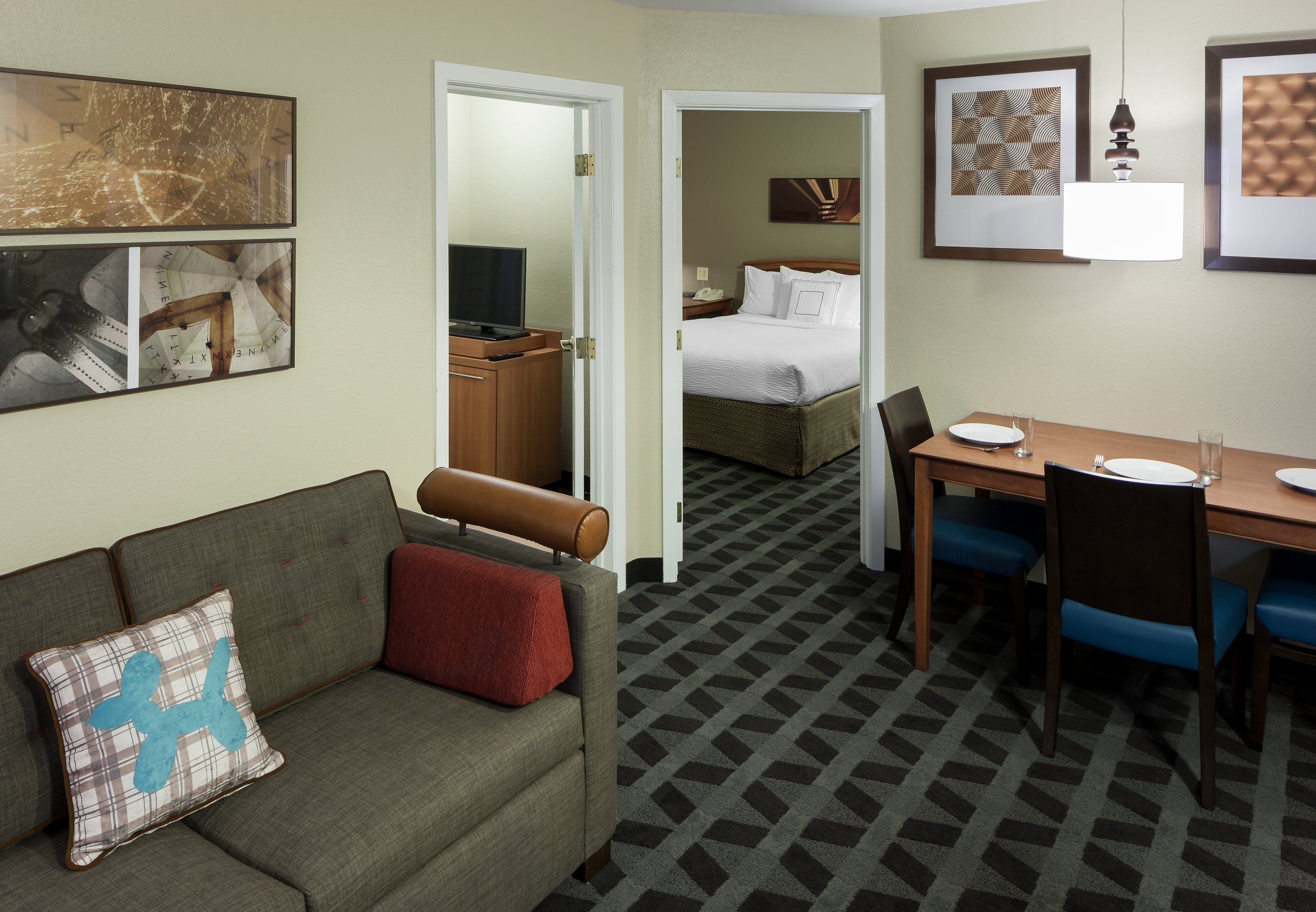 Best Hotels Near Six Flags In Arlington Tx Towneplace Suites With Pictures