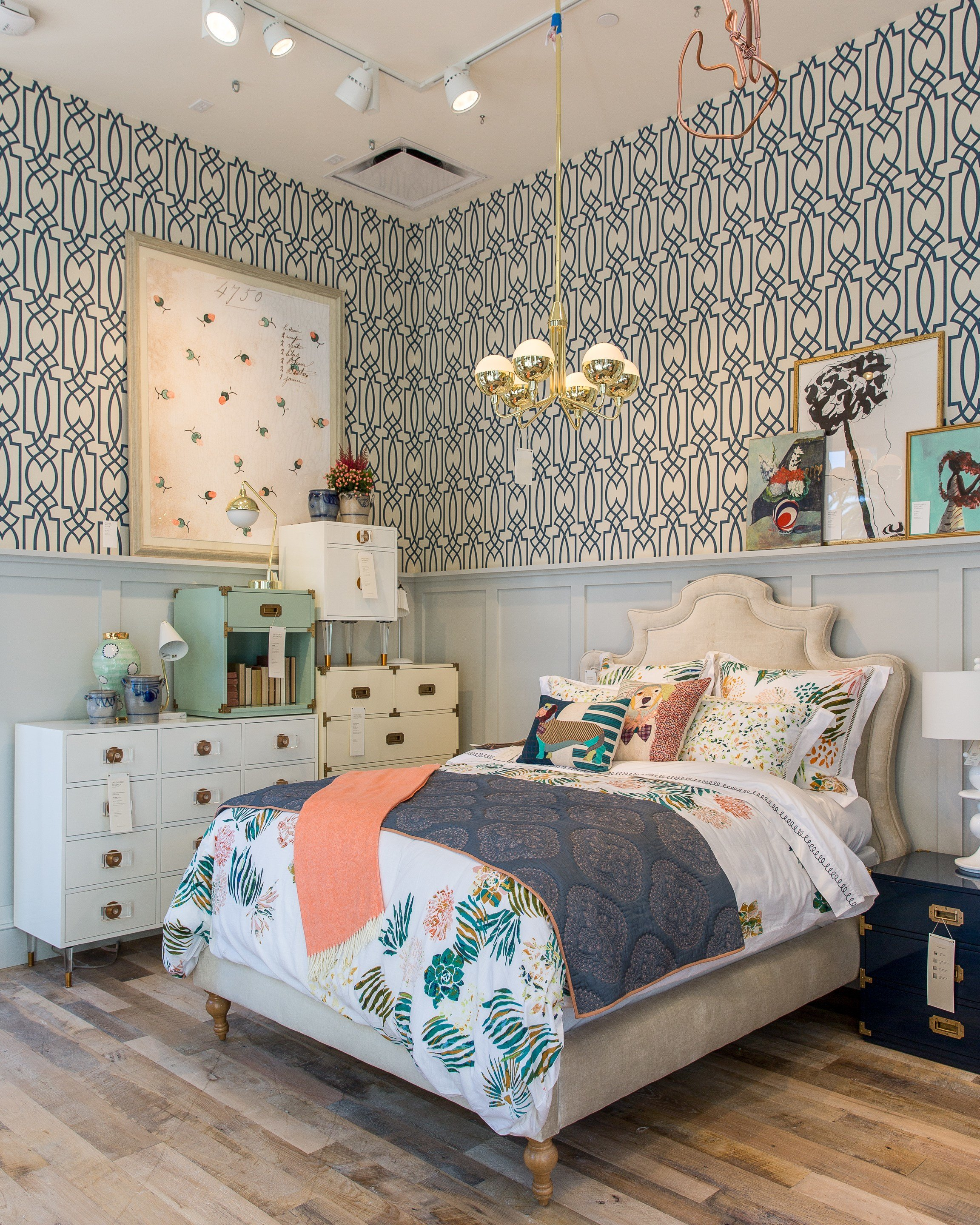 Best Anthropologie S Upgraded Newport Beach Store Offers Major With Pictures