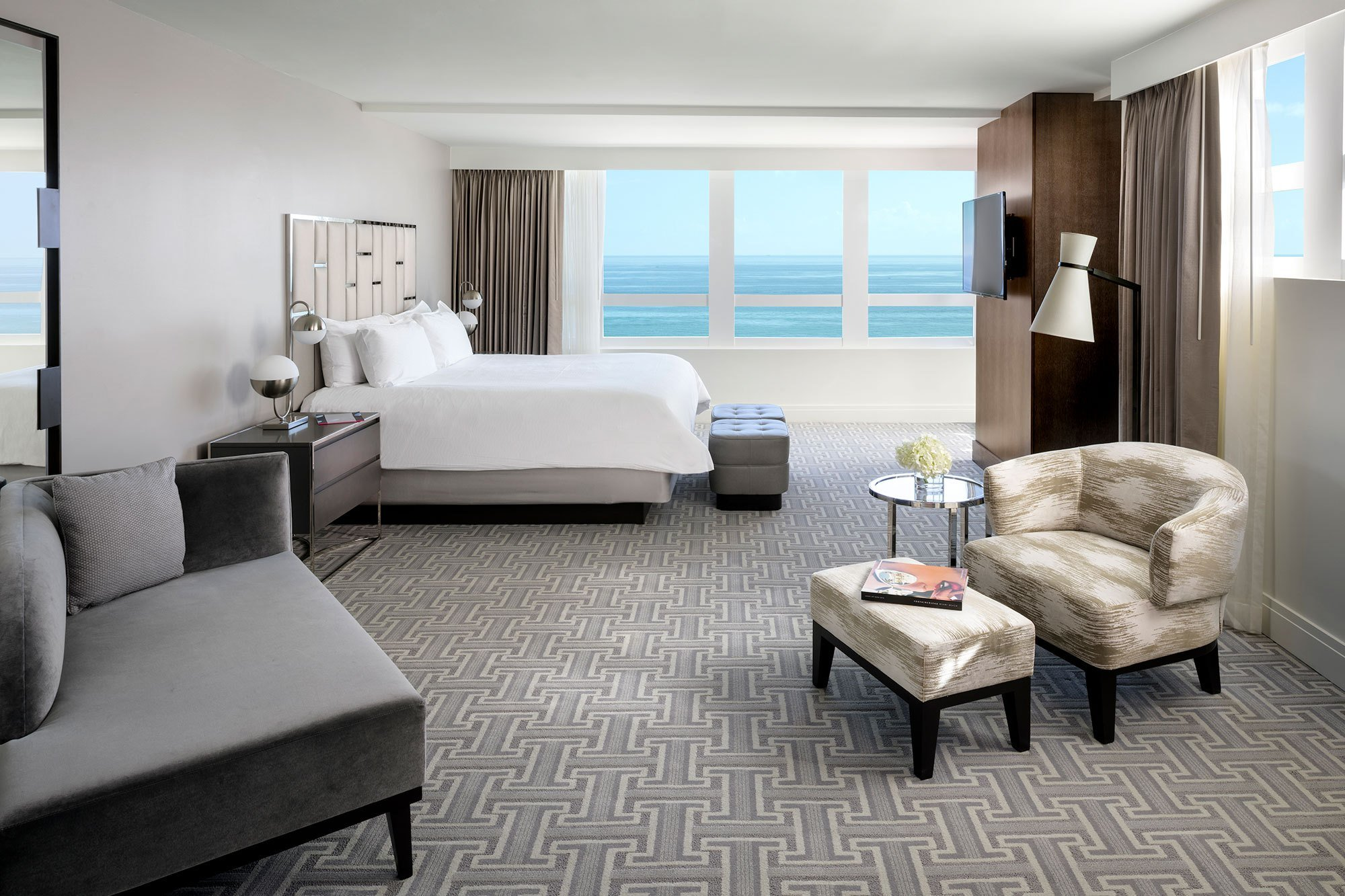Best Fontainebleau Miami Beach Rolls Out Upgraded Suites Cabanas Curbed Miami With Pictures