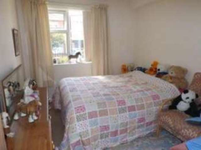 Best 2 Bedroom Flat For Sale On 30 Shales Road Southampton With Pictures