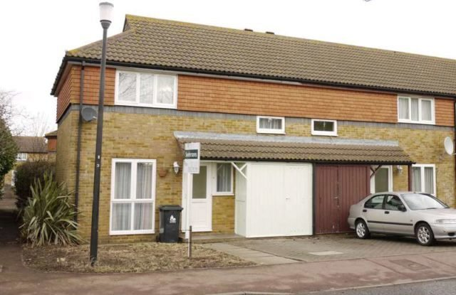 Best Talavera Road Canterbury 2 Bedroom Detached To Rent Ct1 With Pictures