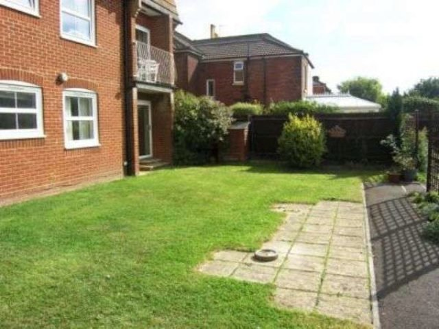 Best Charlton Road Southampton 2 Bedroom Flat To Rent So15 With Pictures