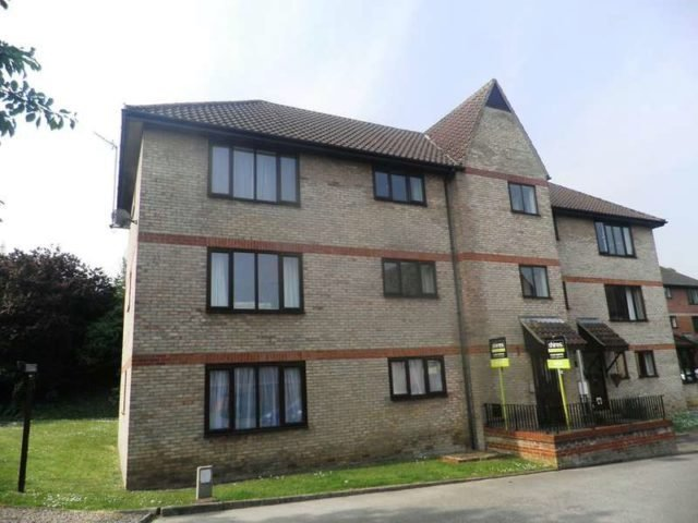 Best The Beeches Bury St Edmunds 2 Bedroom Flat To Rent Ip33 With Pictures