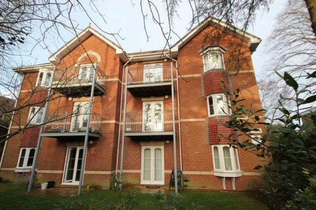 Best Wellington Road Bournemouth 2 Bedroom Flat For Sale Bh8 With Pictures