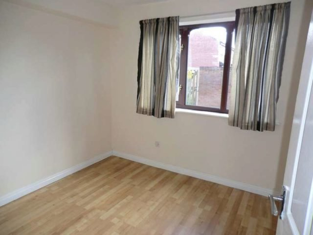 Best Paynes Lane Coventry 1 Bedroom Flat To Rent Cv1 With Pictures