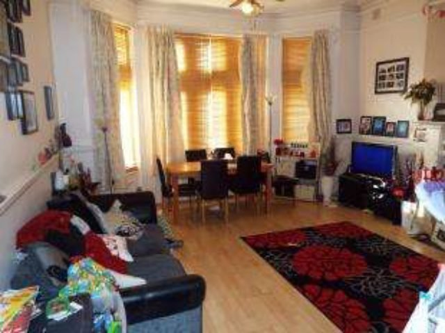 Best Crabton Close Road Bournemouth 2 Bedroom Flat For Sale Bh5 With Pictures