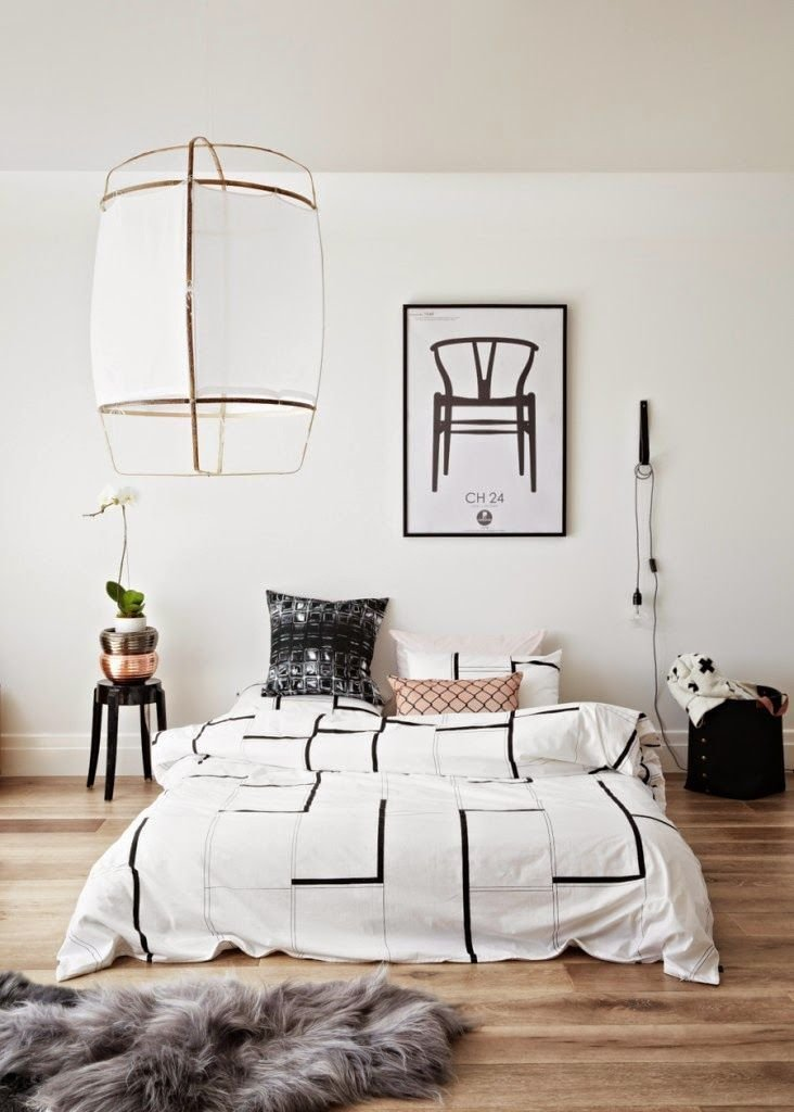 Best How To Decorate A Bedroom With White Walls With Pictures