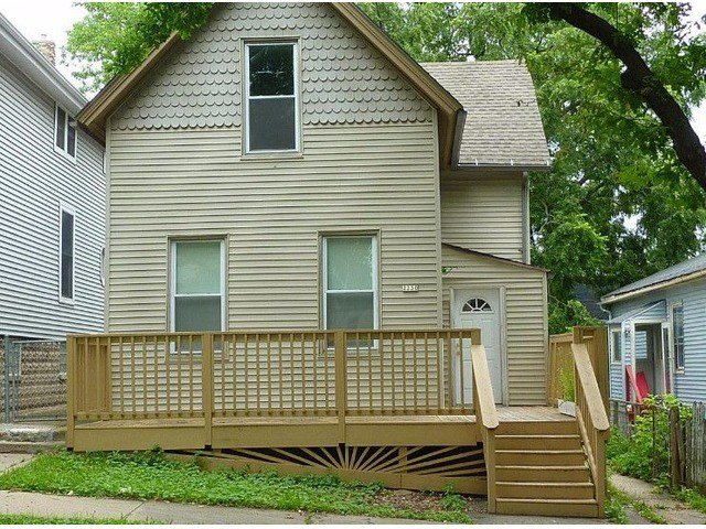 Best 2 Bedroom House For Rent Milwaukee Wi Online Information With Pictures