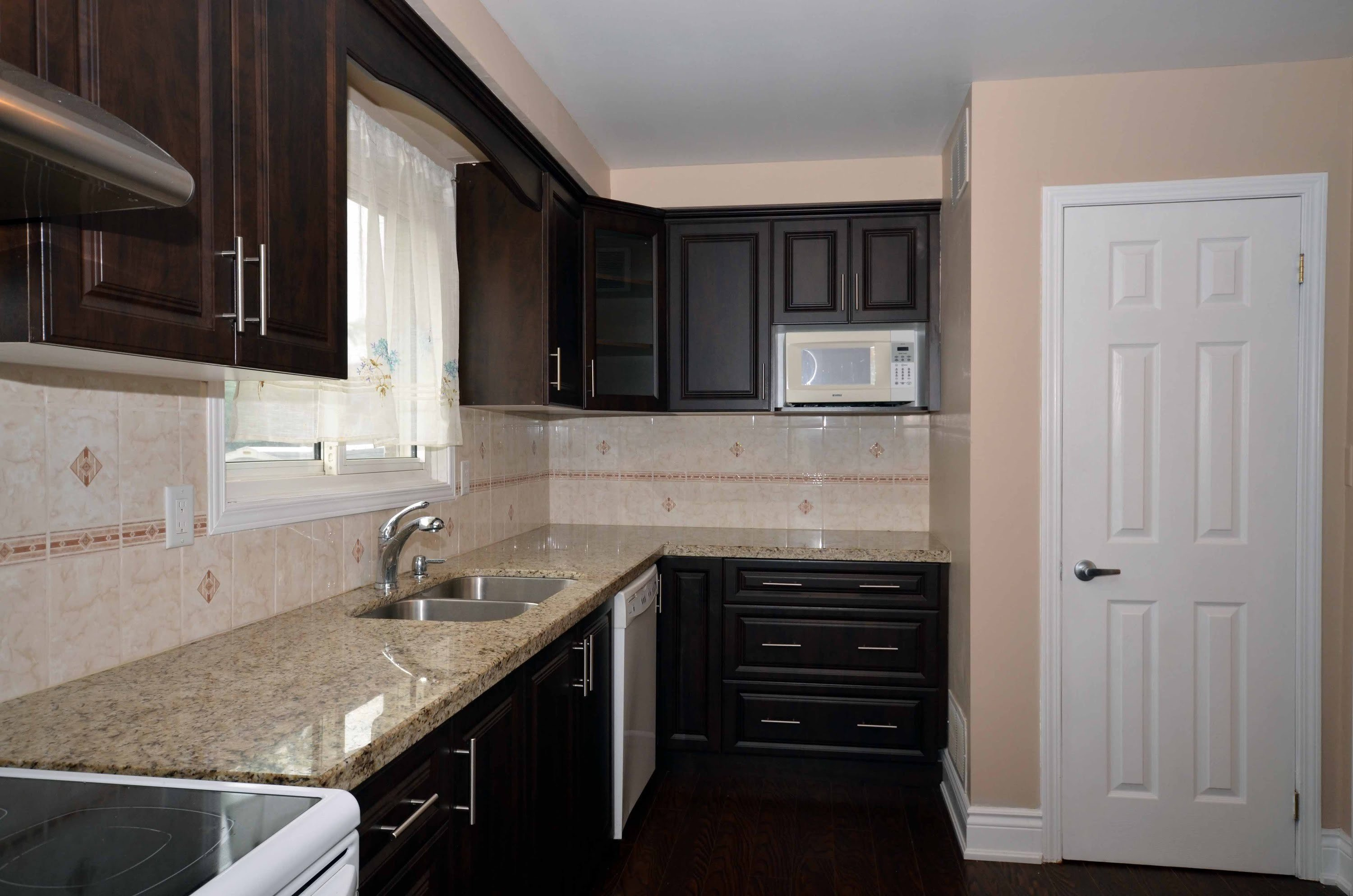 Best 3 Bedroom House Mississauga Www Indiepedia Org With Pictures