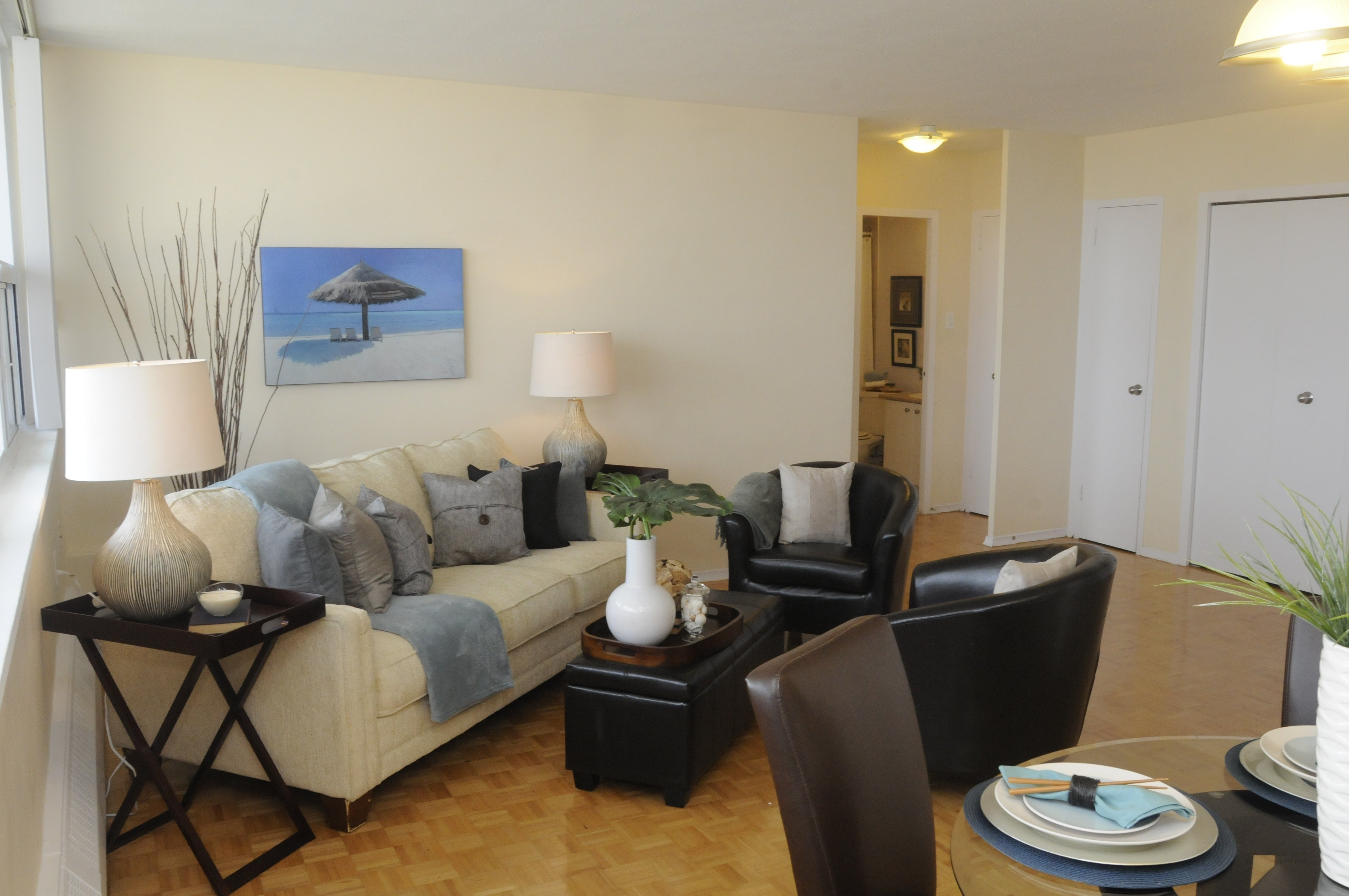 Best Luxury 2 Bedroom Apartment For Rent Mississauga With Pictures