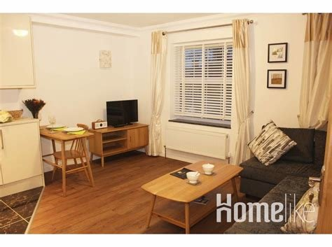 Best Executive One Bedroom Apartment For Rent Apartments In With Pictures