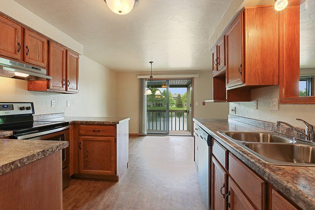 Best Cedar Lake Apartments Green Bay Wi Apartments With Pictures
