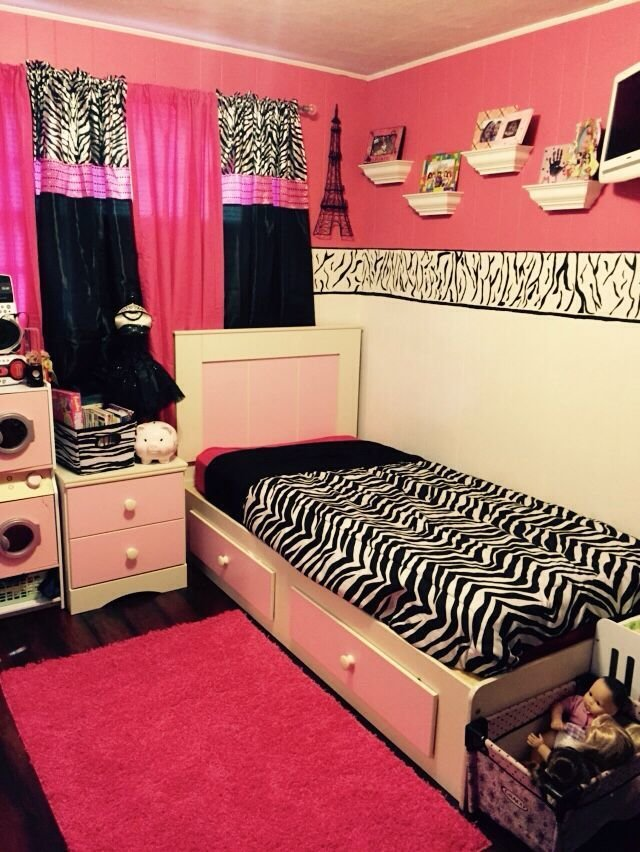 Best My 8 Year Old Daughter S New Tween Pink And Zebra Room Kenzie Girl Girl Bedroom Designs With Pictures