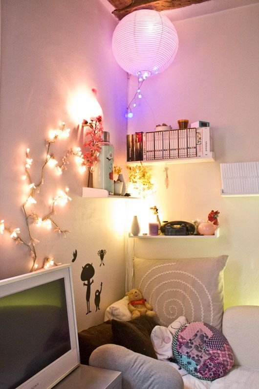 Best 25 Paper Lanterns Bedroom Ideas On Pinterest Paper Lanterns With Lights Paper Lantern With Pictures