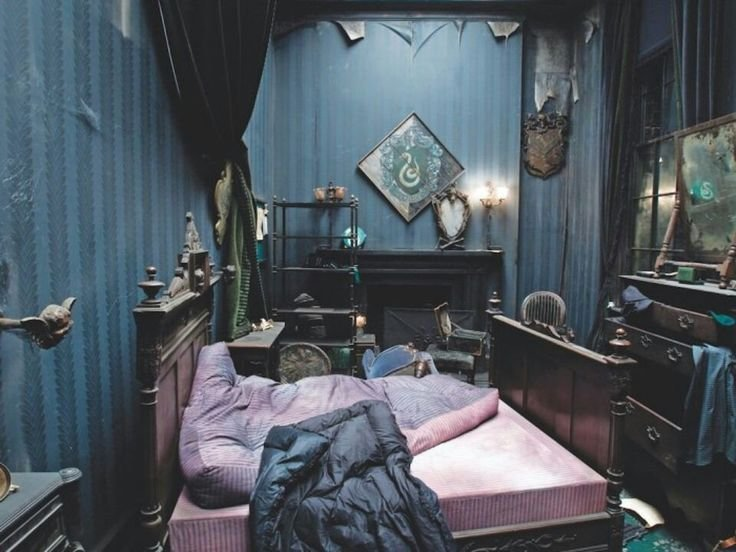 Best 20 Best Bedroom Of The Movie Teenager Images On Pinterest Bedrooms Bedroom Ideas And Dorm Rooms With Pictures