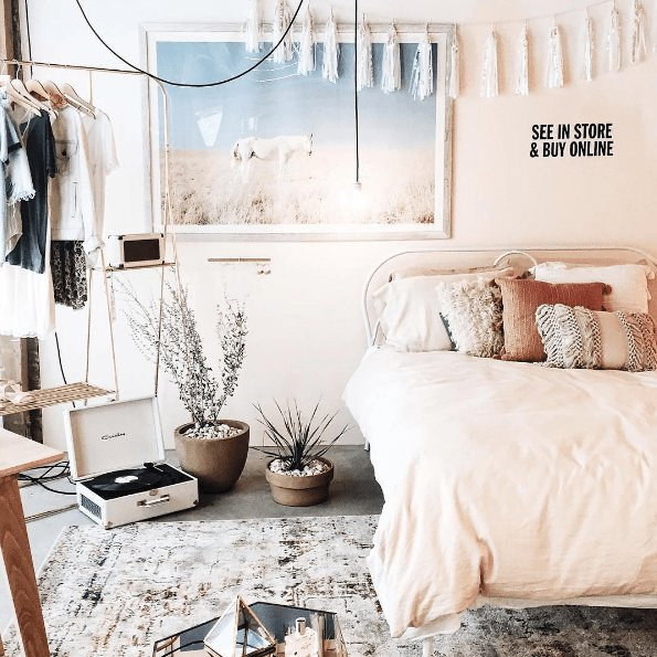 Best Urban Outfitters Bedroom Shop The Look Plum Bow With Pictures