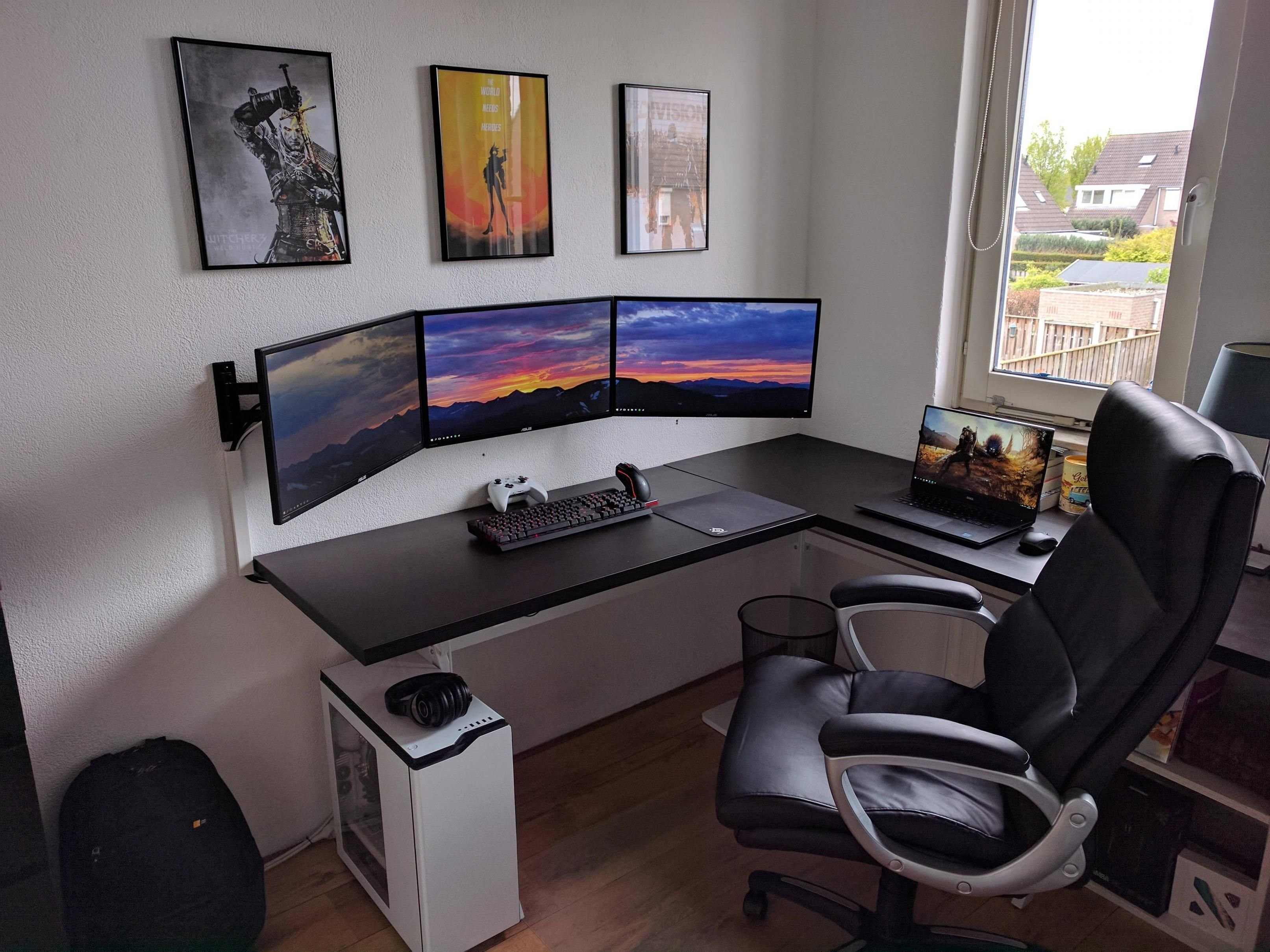Best Pc Gaming Bedroom Setup Savae Org With Pictures