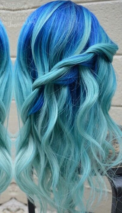 Free Royal Blue Turquoise Ice Blue Dyed Hair Color Dyed Hair Wallpaper