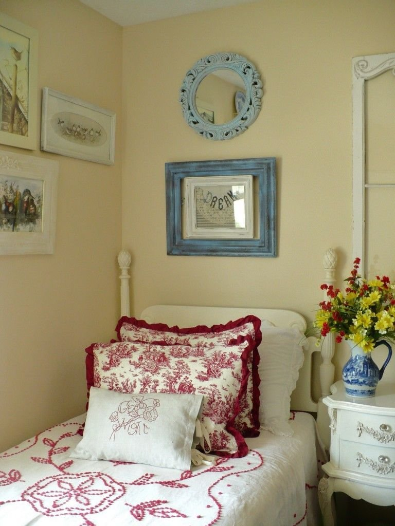 Best Red Blue Bedroom Shabby Chic With A French Country With Pictures