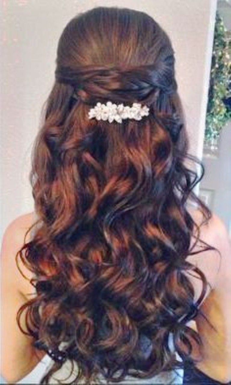 Free Quinceanera Hairstyles With Curls And Tiara Hair Down Wallpaper