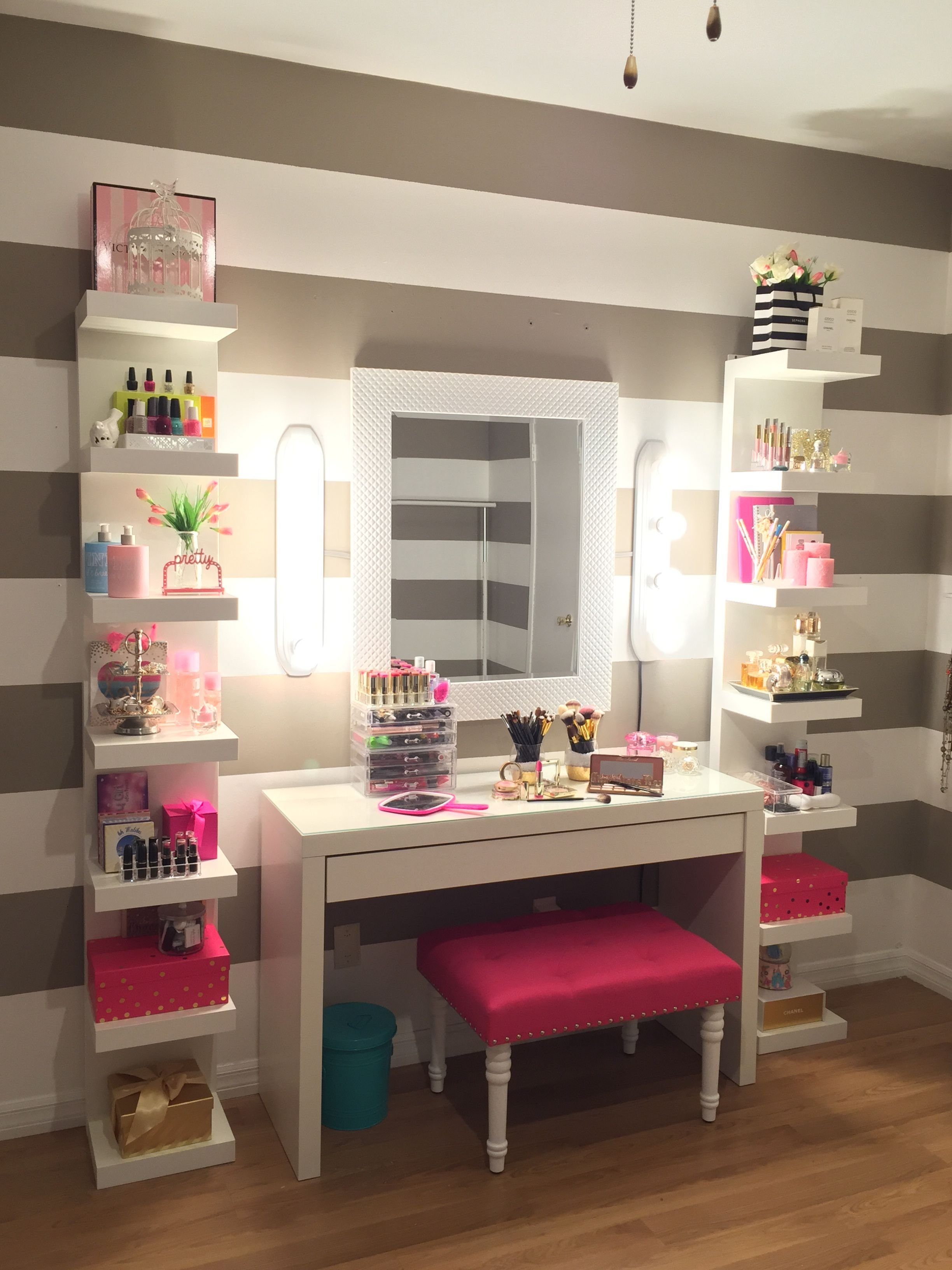 Best Vanity Makeup Bedroom Ideas Makeup Rooms Bedroom With Pictures