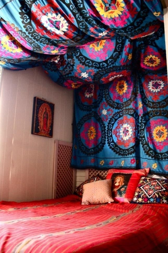 Best How To Hang A Tapestry From The Ceiling Tapestries With Pictures