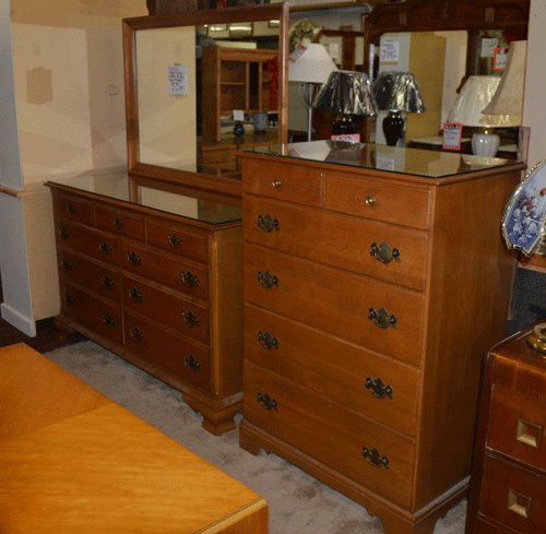 Best Solid Maple Ethan Allen Bedroom Furniture Treasure Chest With Pictures
