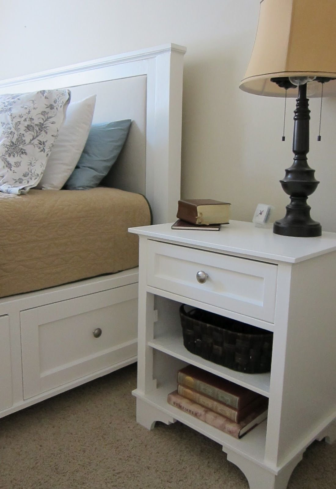 Best Instructions On How To Build This Bed And Night Stand From With Pictures