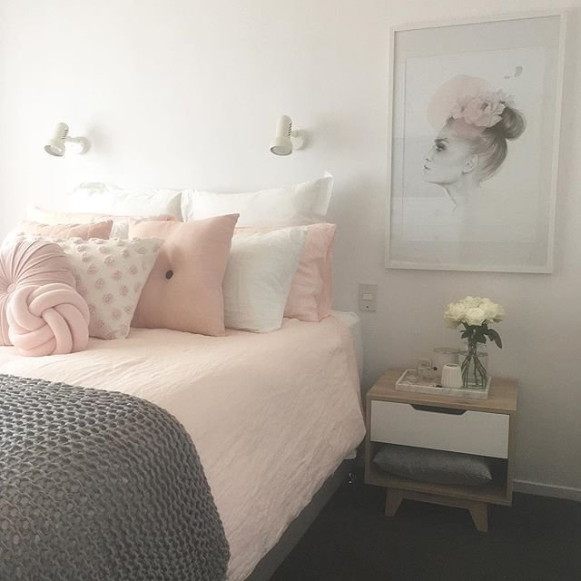Best Blush Pink White And Grey Pretty Bedroom Via Ivoryandnoir With Pictures