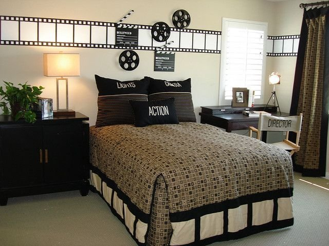Best Movie Theater Themed Bedroom Yahoo Search Results Future Projects Movie Bedroom Bedroom With Pictures