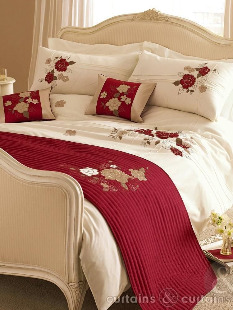 Best Luxurious Ivory Cream Red And Gold Duvet Bedroom Ideas Cream Bedroom Furniture Luxury With Pictures
