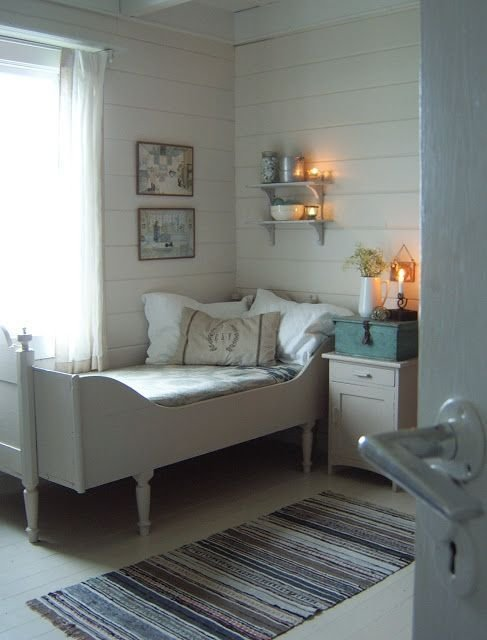 Best T A N T E M O N I C A Cottage Bedrooms In 2019 With Pictures